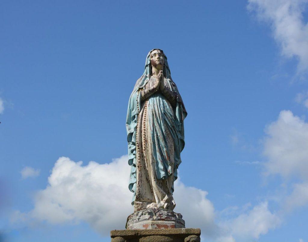 Szeptember 8. Fecskehajtó Kisasszony,Kisasszony Napja, Szűz Mária