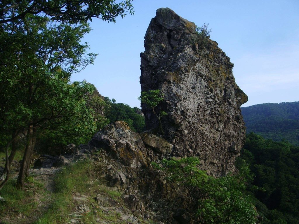 Vadálló-kövek